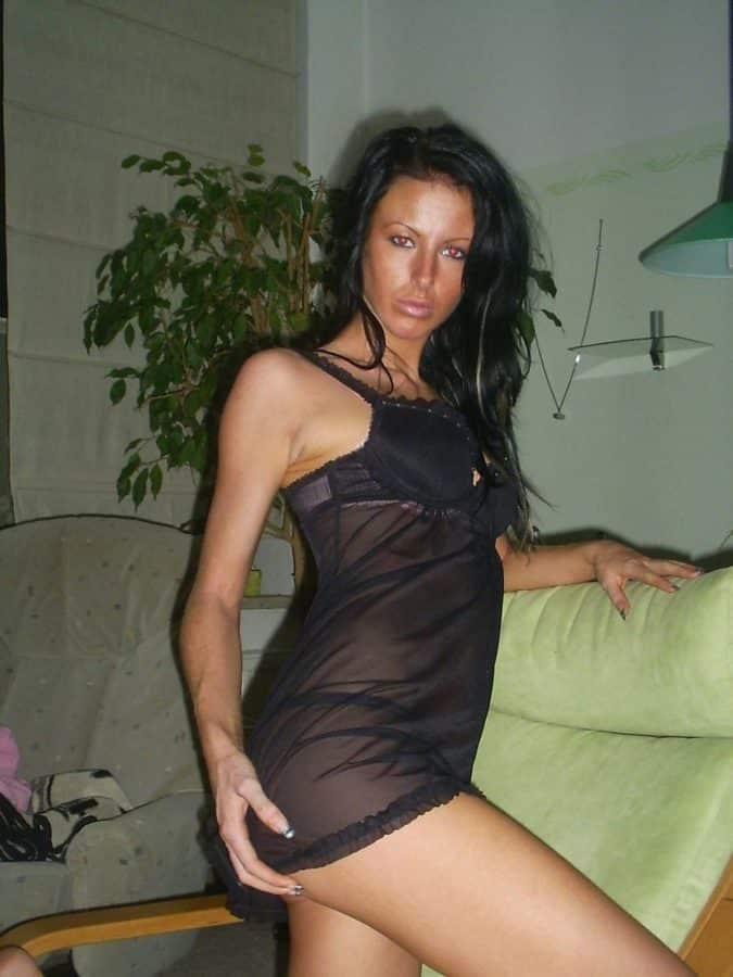 Célibataire mature adore se taper des jeunots