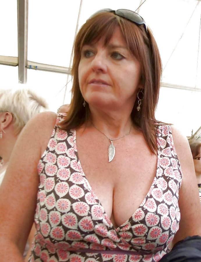 Femme mariée à la recherche d'une rencontre extra conjugale