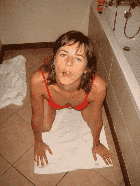Quarantenaire cherche amant discret pour baise torride