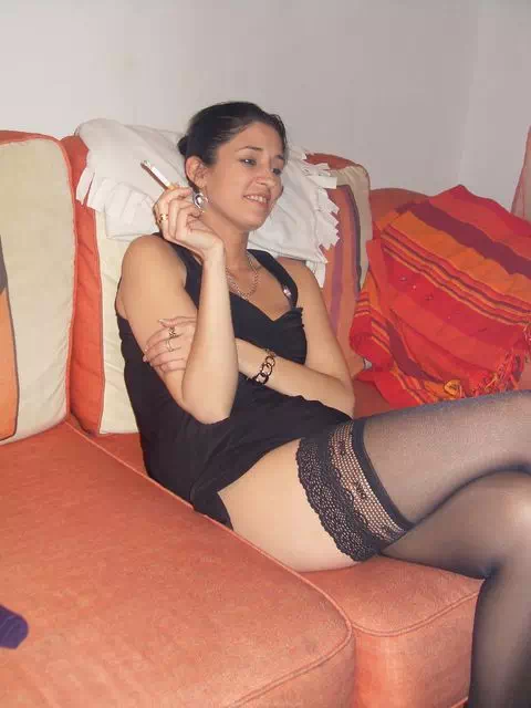 Femme mariée infidèle cherche bon queutard